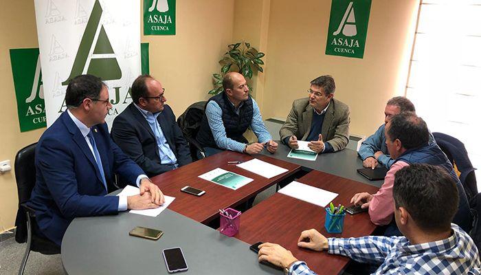 Catalá expone a los agricultores las medidas del PP para potenciar la economía asociada al sector agroalimentario