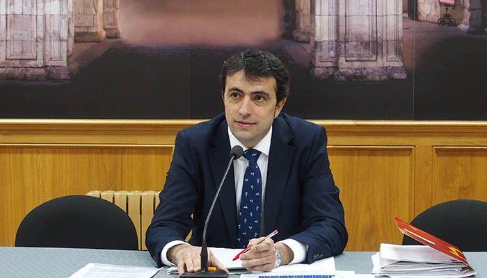 Gómez Buendía insta a Page a que resuelva la ayuda solicitada por el Ayuntamiento de Cuenca para la renovación del alumbrado público