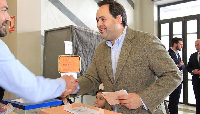 Núñez anima a la participación en las elecciones generales a todos los castellanomanchegos y confía en que la jornada se desarrolle sin incidencias