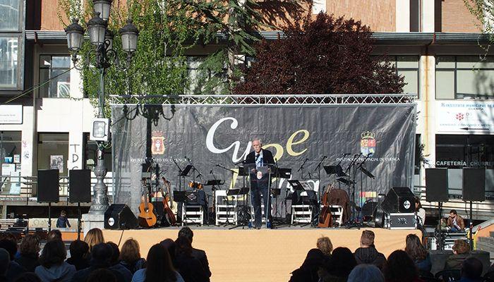 """Pérez Henares defiende la literatura como el último refugio de la libertad frente a la """"opresión de lo políticamente correcto"""""""