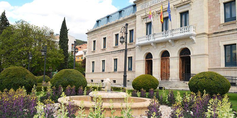 Diputación de Cuenca sigue combatiendo la despoblación apoyando al pequeño comercio y a los Grupos de Acción Local