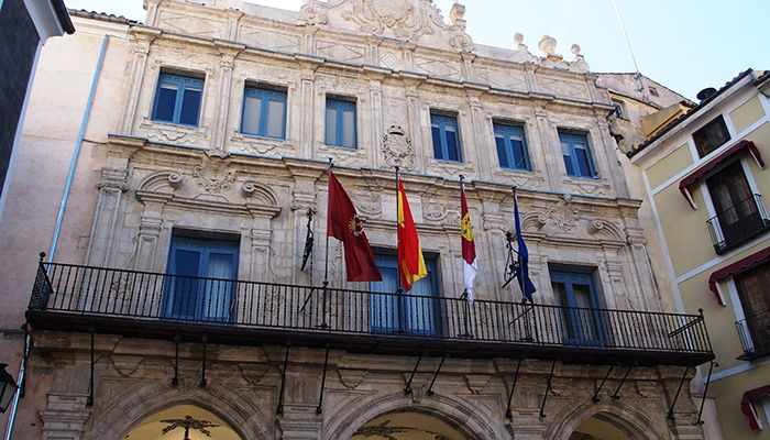 El Ayuntamiento de Cuenca recibe 33.127 euros de incentivo por su baja siniestralidad laboral