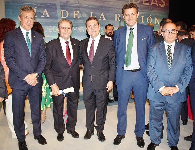 Eurocaja Rural felicita a Gómez Mora por su distinción como 'Hijo Predilecto'