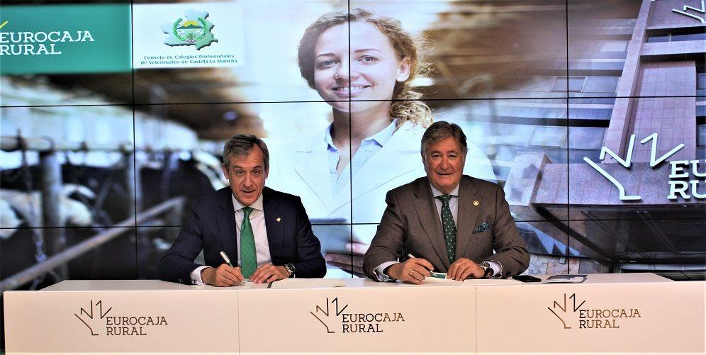 Eurocaja Rural habilita 100 millones a los veterinarios de CLM para propiciar su accesibilidad al crédito