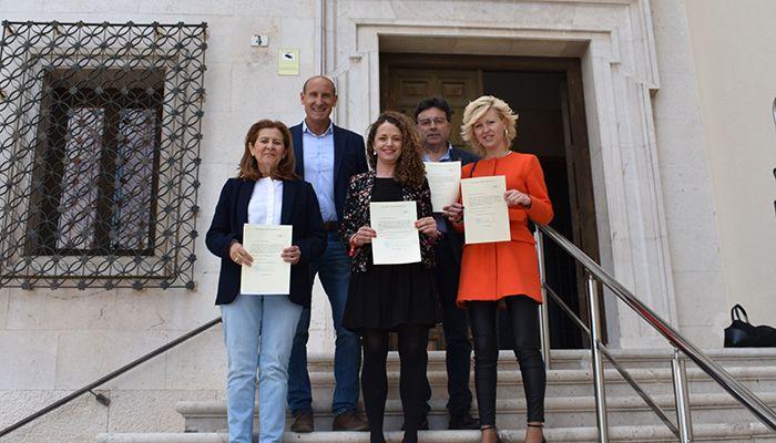 Los parlamentarios socialistas por Cuenca recogen sus credenciales para el Congreso de los Diputados y el Senado