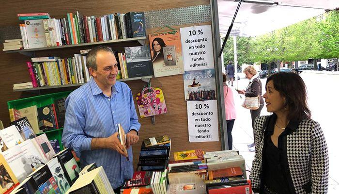 """Luz Moya apuesta por conservar y promocionar la Feria del Libro """"Cuenca Lee"""""""
