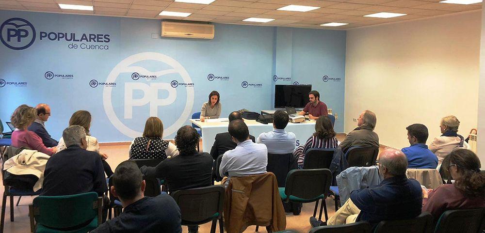 Luz Moya reorganizará el Ayuntamiento para una gestión más eficiente