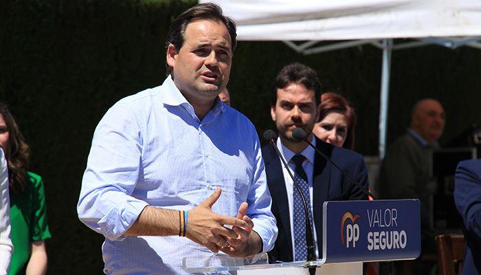 """Núñez propone bajar los impuestos en Castilla-La Mancha para ser """"un dique de contención"""" frente a los 26.000 millones de euros de subida fiscal de Sánchez"""