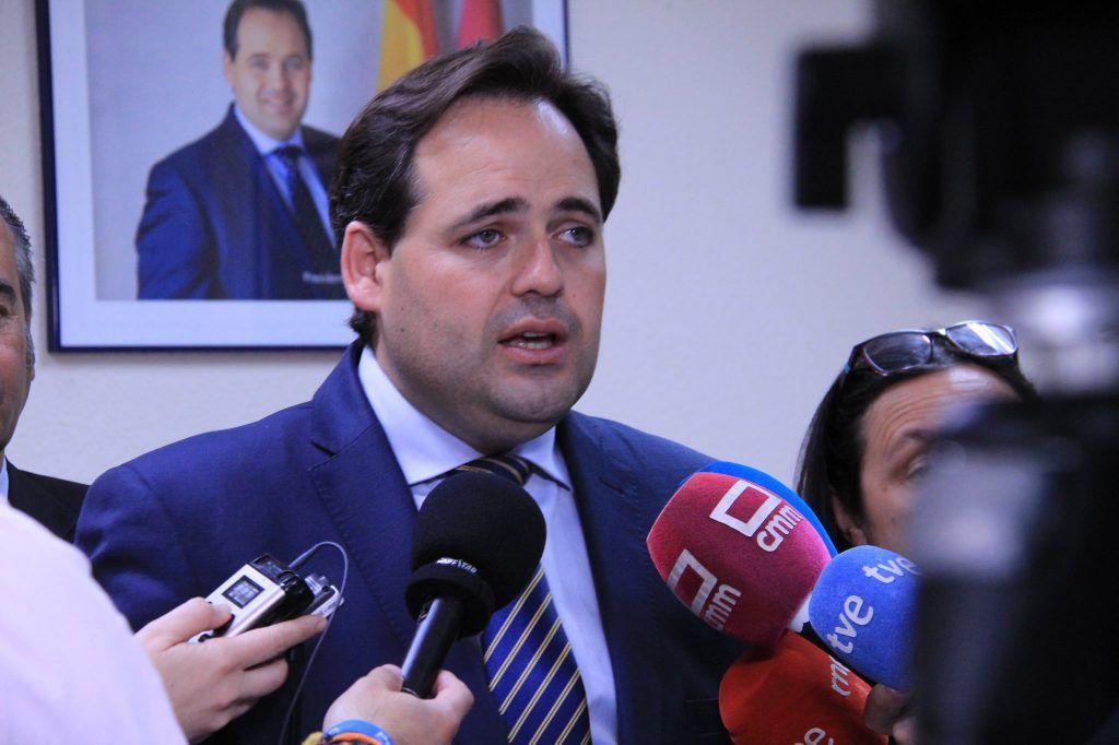 Núñez propone una bajada de impuestos en Castilla-La Mancha para compensar la brutal subida fiscal a la que la izquierda quiere someter a los españoles y castellano-manchegos
