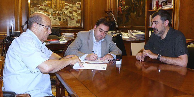 Diputación de Cuenca cede la colección de telefonía de Francisco Page a la Escuela Politécnica para su exposición permanente
