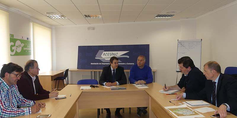 La patronal conquense y ACESANC piden al Ayuntamiento de San Clemente colaboración para atraer empresas