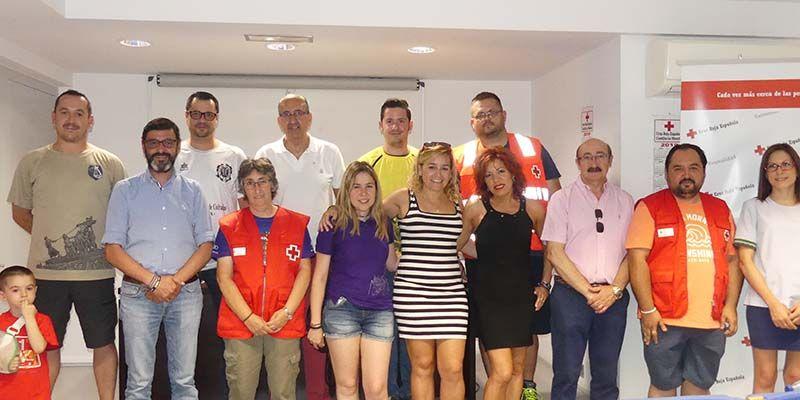Cruz Roja Cuenca recibe 900 euros con motivo del V Tornero Nazareno Solidario