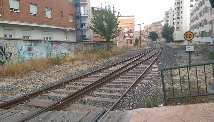 El Ayuntamiento de Cuenca pide a ADIF el desbroce de los terrenos anexos a las vías ferroviarias