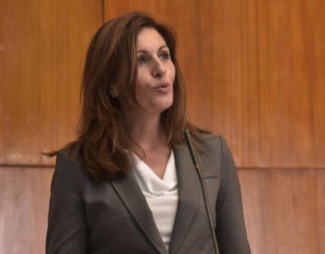El exministro Catalá Nueva vida y nueva novia, una experiodista del PP de Cuenca