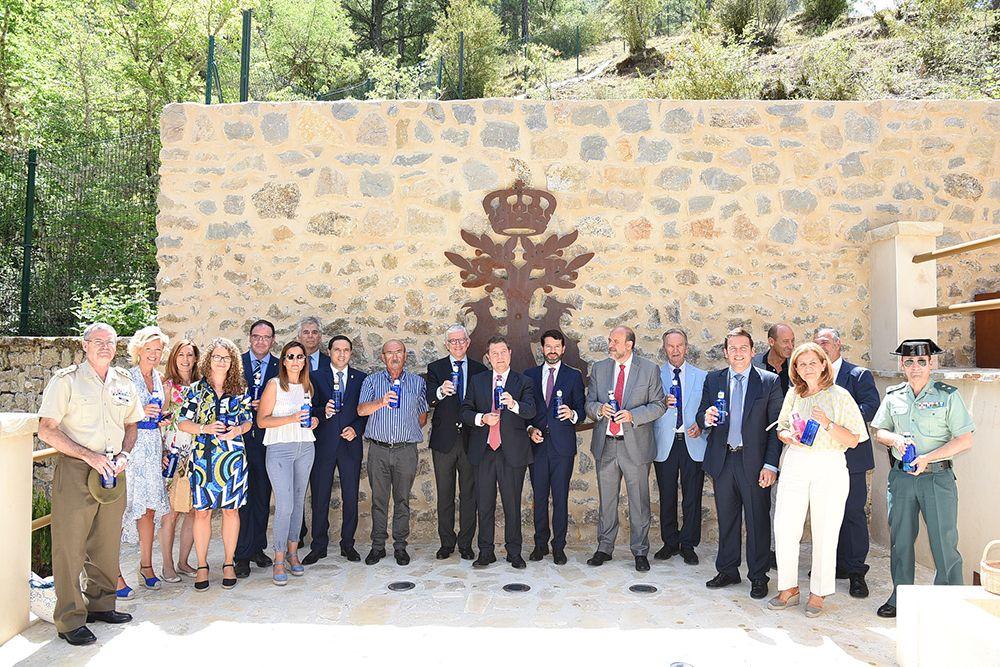 Page inaugura la rehabilitación de 'Los Baños de la Reina' del Real Balneario de Solán de Cabras