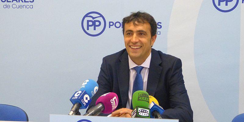 """El PP asegura que Dolz sigue aumentando su palmarés de medallas por """"el método de apropiación indebida"""""""