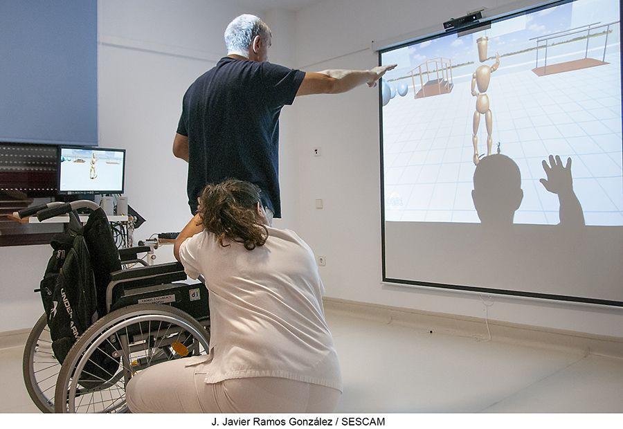 La Unidad de Daño Cerebral del Instituto de Enfermedades Neurológicas incorpora realidad virtual para la rehabilitación física y cognitiva de sus pacientes