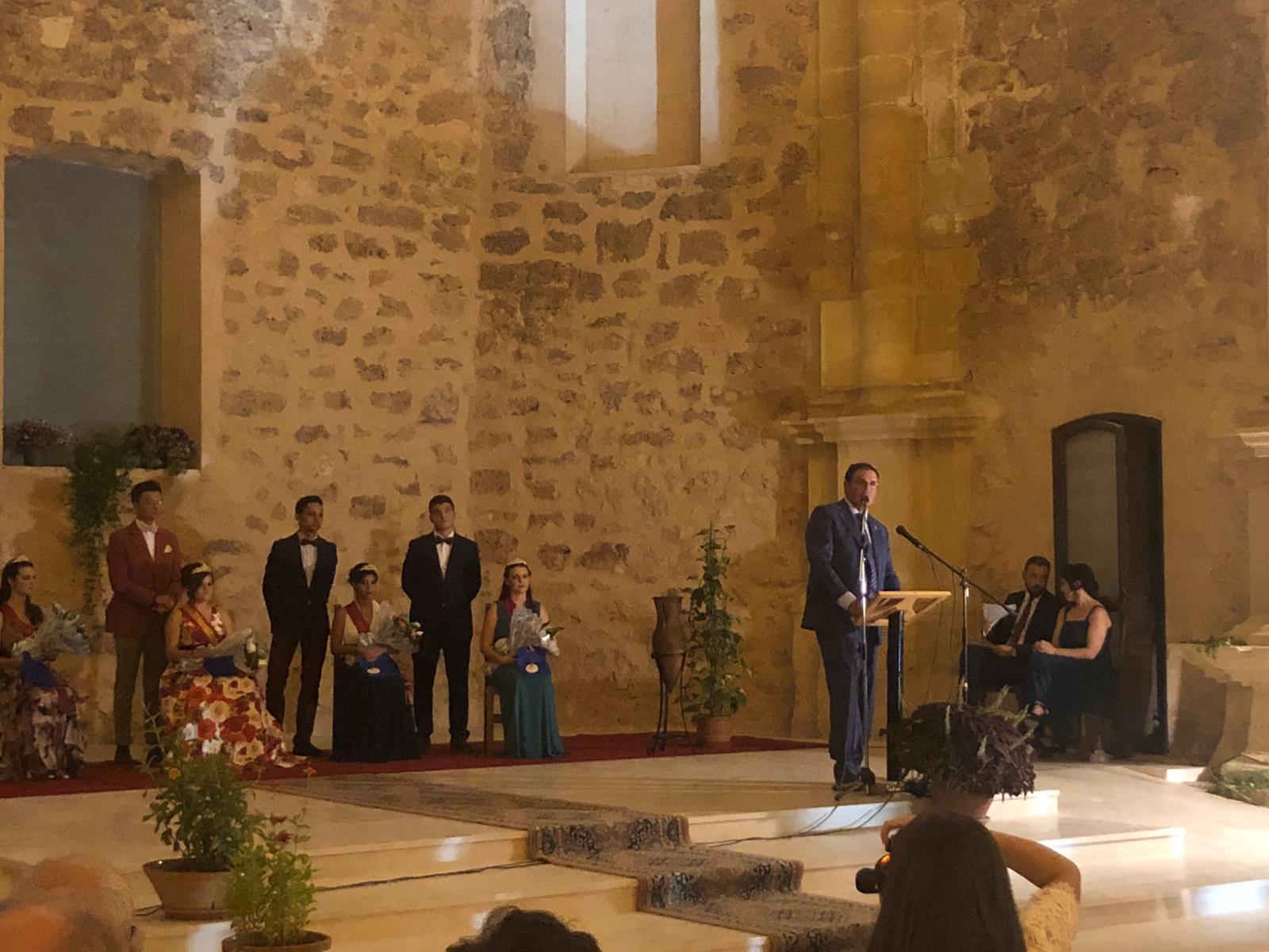 """Prieto pregona las fiestas de Villaescusa en el convento de los Dominicos """"espero verlo convertido pronto en el Centro de Interpretación de la Historia de la Provincia"""""""