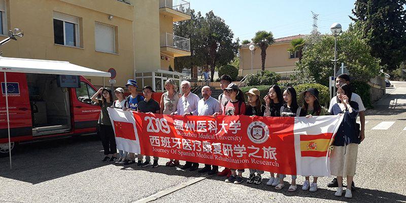 Un grupo de estudiantes de Medicina de China conoce el Servicio de Emergencias 1-1-2 de Castilla-La Mancha