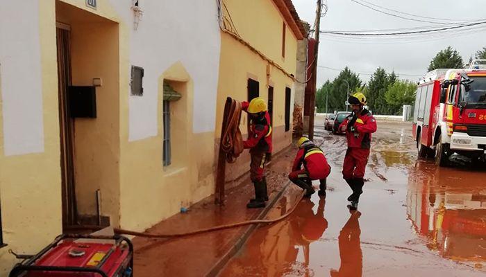 El servicio de Bomberos de la Diputación de Cuenca ha intervenido en más de 300 avisos a causa de las fuertes lluvias caídas en la Manchuela