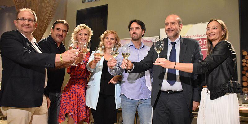 Martínez Guijarro destaca el liderazgo de los vinos de Castilla-La Mancha en el mercado internacional
