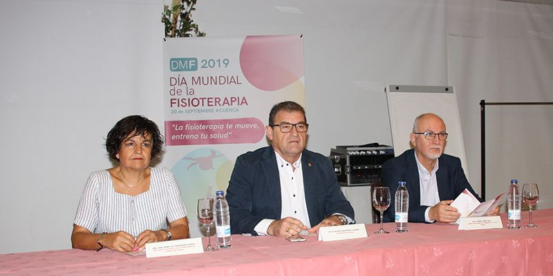 Sanidad felicita a COFICAM por su labor de concienciación y destaca la importancia de la Fisioterapia para la atención a la cronicidad