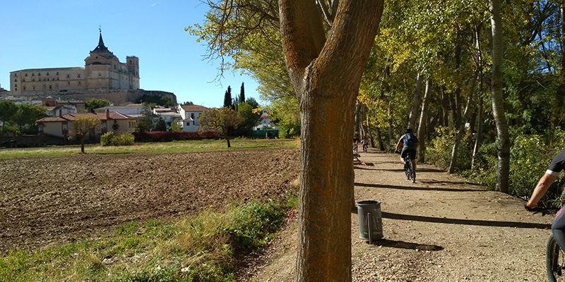 Cuencleta se convierte en Cuclés 1 y viaja desde Cuenca Uclés en bicicleta de montaña