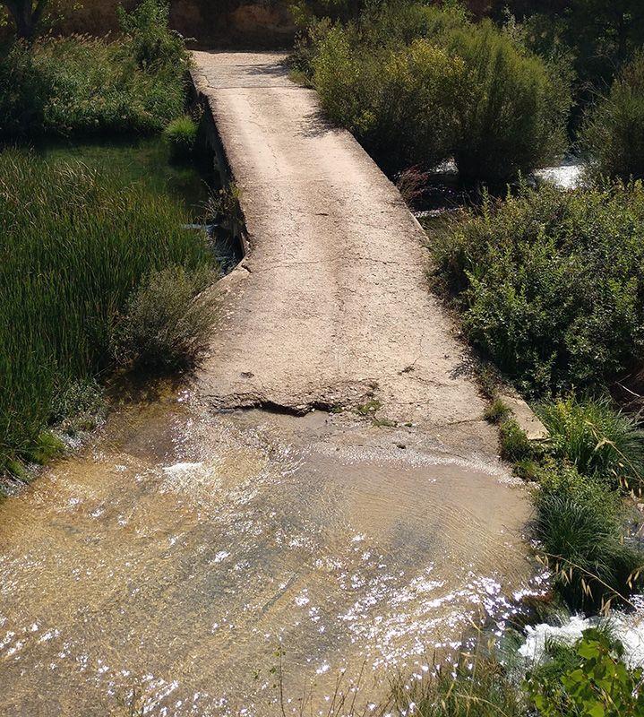 El alcalde de Albendea exige actuaciones urgentes para arreglar el Puente de la Cadena