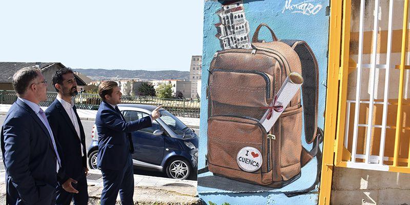 """El consejero de Fomento pone en valor el arte urbano que """"revienta las ciudades y las caracteriza"""" gracias a Mr. Trazo"""