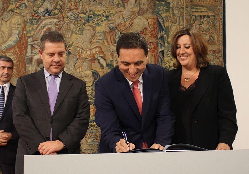 La Diputación de Cuenca vuelve a firmar el Plan de Empleo de la Junta tres años después