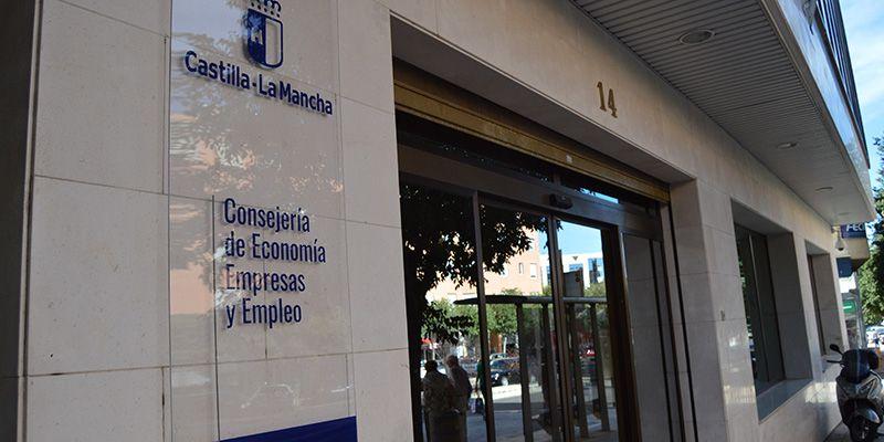 La Junta aprueba más de cuatro millones de euros para la formación en empresas de jóvenes desempleados de Castilla-La Mancha