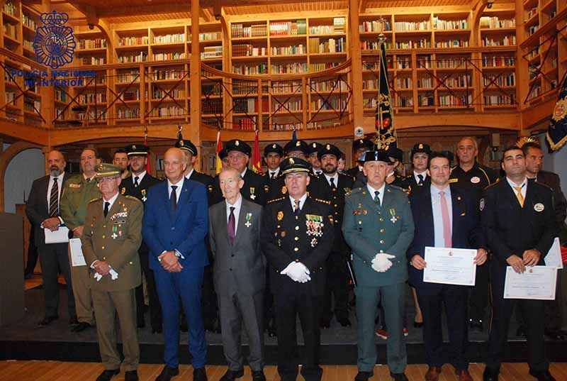 Rodríguez destaca el 40 aniversario de la incorporación de la mujer en la Policía Nacional