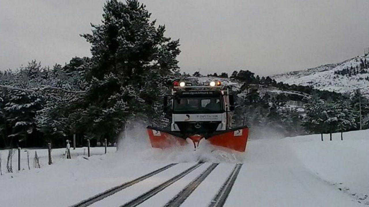 La Diputación de Cuenca pone en marcha el plan de alerta ante el riesgo de nevadas y hay tres camiones quitanieves trabajando
