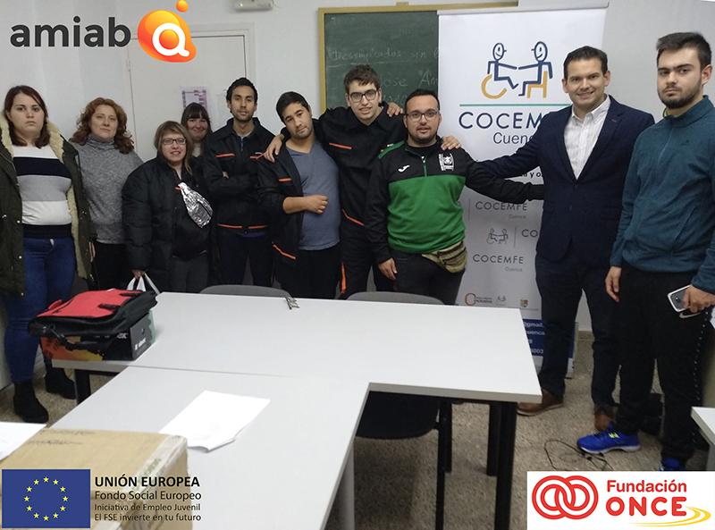 """La parte teórica de """"Limpieza de espacios abiertos e instalaciones industriales"""" impartida por Amiab en Cuenca llega a su fin con 10 personas formadas"""
