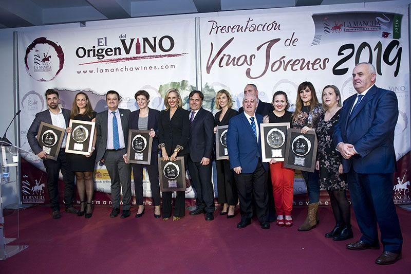 Los Vinos Jóvenes D.O. de Castilla La Mancha vuelven a ser los protagonistas en Madrid con la entrega de sus Premios Jóvenes Solidarios D.O. La Mancha