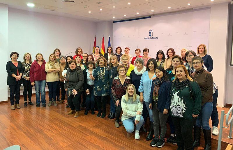 Más de un centenar de personas participan en Cuenca en las jornadas de formación para profesionales de las viviendas de mayores