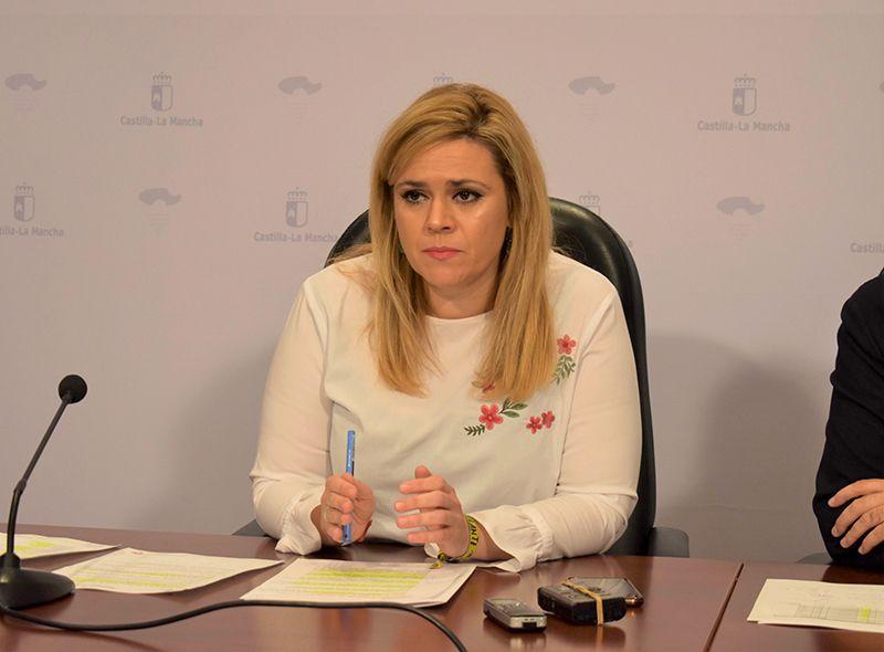 """Martínez se congratula de que el PP se preocupe """"por fin"""" de la sanidad """"tras devastarla"""" cuando gobernaba"""