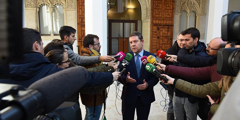 "Page aboga por un entendimiento ""en distintas bandas"" frente a un entendimiento ""de bloques"" para formar un Gobierno en España"