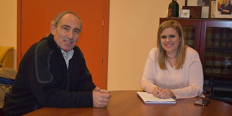 El Gobierno regional y el Ayuntamiento de Salmeroncillos trabajarán conjuntamente en la mejora de las infraestructuras del municipio