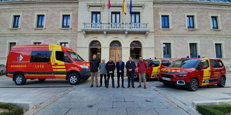 La Diputación de Cuenca presenta los tres nuevos vehículos para el Servicio de Prevención y Extinción de incendios