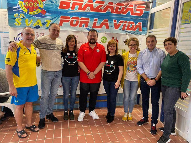 Más de 300 nadadores se unen en Tarancón en beneficio de la lucha contra la ELA