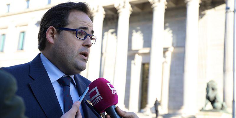 """Núñez considera fundamental que el PSOE de Sánchez y Page """"rompa radicalmente"""" con Podemos para poder hablar del futuro de España"""