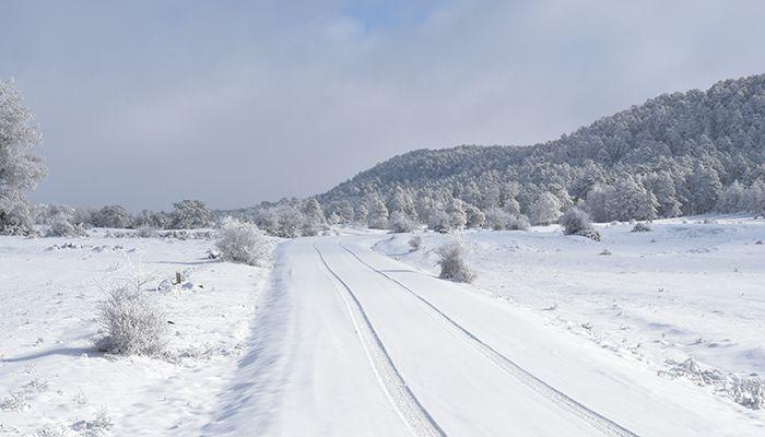 Cortada al tráfico la N-420 entre Cañete y Salvacañete debido a la nieve
