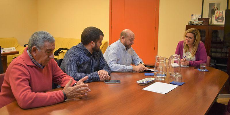 El Gobierno regional trabajará con el Ayuntamiento de Torrubia del Campo en la puesta en marcha de la vivienda de mayores