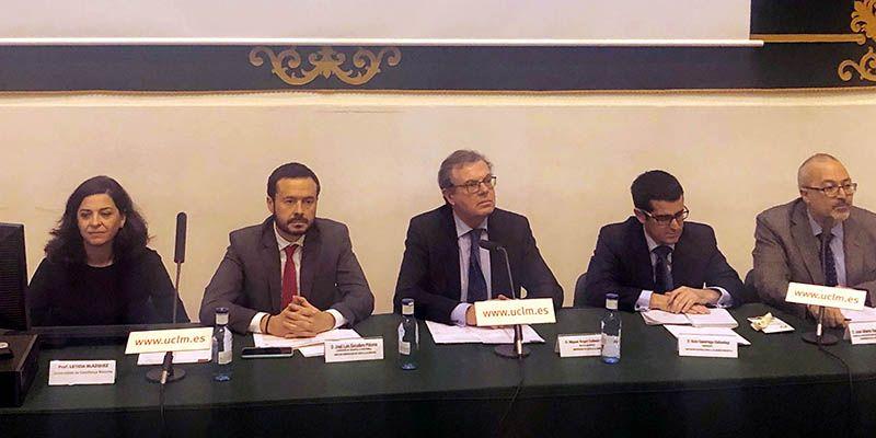 El rector aboga por que la UCLM lidere el diálogo social contra el cambio climático en Castilla-La Mancha