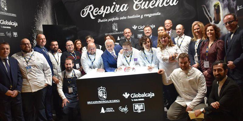 Guijarro anuncia que la Junta impulsará la gastronomía de la región a través de la nueva marca 'Raíz Culinaria'
