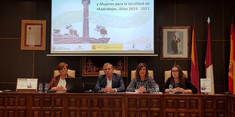 La Junta afirma que los ayuntamientos son clave para impulsar un cambio cultural que nos lleve a una sociedad igualitaria