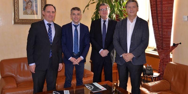 La UCLM y el Colegio de Ingenieros Industriales de Ciudad Real intensificarán su colaboración para potenciar el desarrollo tecnológico empresarial de la región