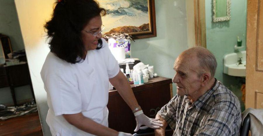 CCOO insta a los ayuntamientos a aprobar un protocolo para las trabajadoras de ayuda a domicilio frente al coronavirus