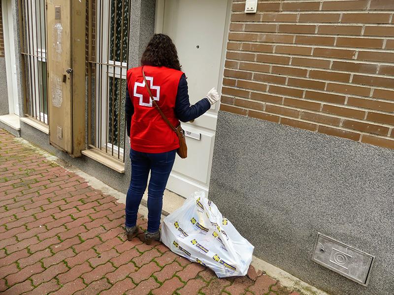 Cruz Roja Cuenca moviliza a su voluntariado para el reparto de artículos básicos